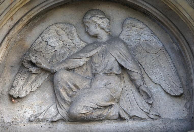 Kto ma prawo do pogrzebu kościelnego?